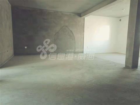 成山镇马山小区带30平大车库