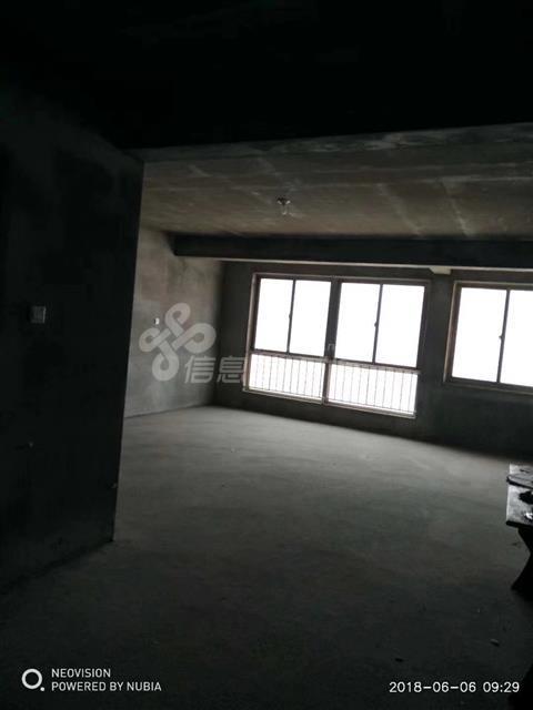 万美家园133平毛坯新房 古寨学区房